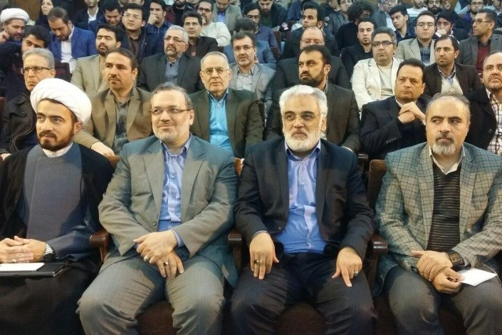 دیدار صمیمانه دکتر طهرانچی و دانشجویان دانشگاه آزاد اسلامی واحد مشهد