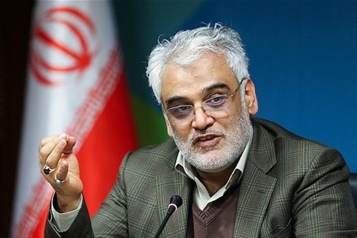 طهرانچی: نقد تشکل های دانشجویی برای دانشگاه آزاد غنیمت است