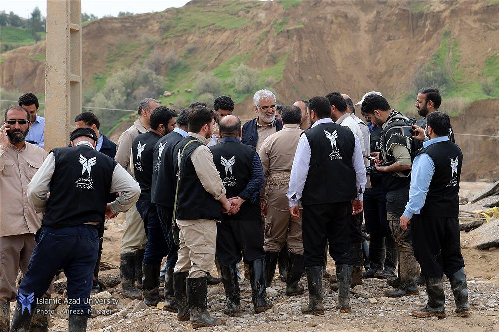 دومین حضور دکتر طهرانچی در شهر سیل زده پلدختر ۲
