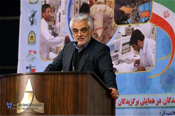دانشگاهها و محیطهای تعاملی جوانان باید مهارت نیروی انسانی را هدف قرار دهند / شعار «هر دانشجو، یک تخصص، یک مهارت» سرلوحه دانشگاه آزاد اسلامی است