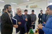 بازدید دکتر طهرانچی از نمایشگاه دانشبنیان دانشگاه آزاد اسلامی استان بوشهر