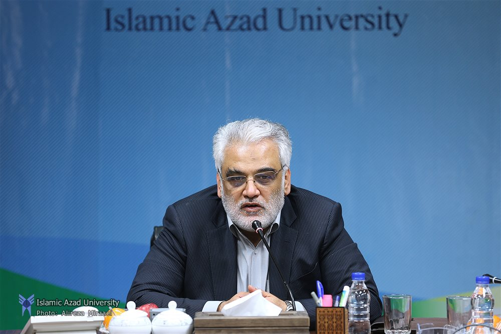 جلسه روسای استانهای دانشگاه آزاد اسلامی با دکتر طهرانچی به صورت ویدئو کنفرانس برگزار شد/ رونمایی از سامانه «دان»