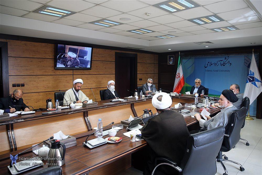 آموزش اساتید واحدهای دارای دانشجویان اهل سنت از برنامههای شورای راهبری تقریب مذاهب اسلامی است