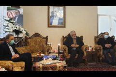 دکتر ولایتی و دکتر طهرانچی با خانواده شهید فخریزاده دیدار کردند